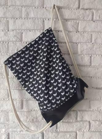 Worek-plecak czarno-biały